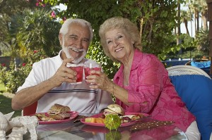 5 tips for vacationing with an elderly parent